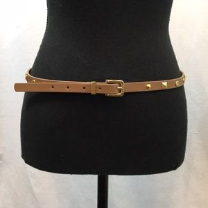 NWOT Guess faux leather studded belt